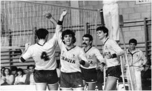 Voley Equipos SA-Turavia 5 (abril1980)